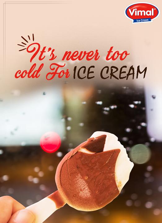 Enjoy Monday & monsoon🌧 with Vimal Ice Cream! ☂☔🌧  #Monsoon #Happiness #MonsoonTime #IceCreamLovers #Vimal #ICecream #Ahmedabad