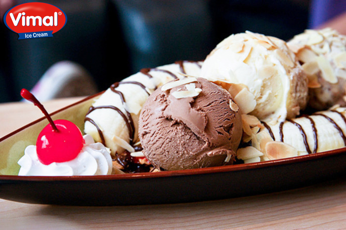 #IceCreams are the best sort to beat the Summer heat!  #Summers #Vacations #VimalIceCreams #DessertLovers