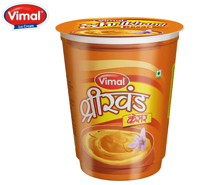 Celebrate this #extended #Joyful #Weekend with your #family & #Vimal shrikhand!