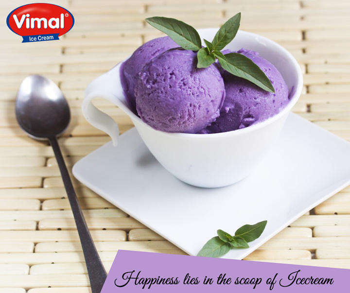 Time to celebrate! The hump day already passed by. How about a delicious scoop of Black Current ice-cream?  #BlackCurrentIcecream #IcecreamLovers #VimalIcecream #Ahmedabad