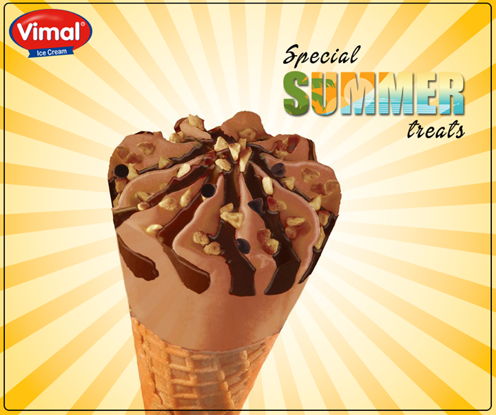 The satisfying crunch tells you it's the perfect bite for summers!  #Summers #ChocolateCone #IcecreamLovers #VimalIcecream #Ahmedabad