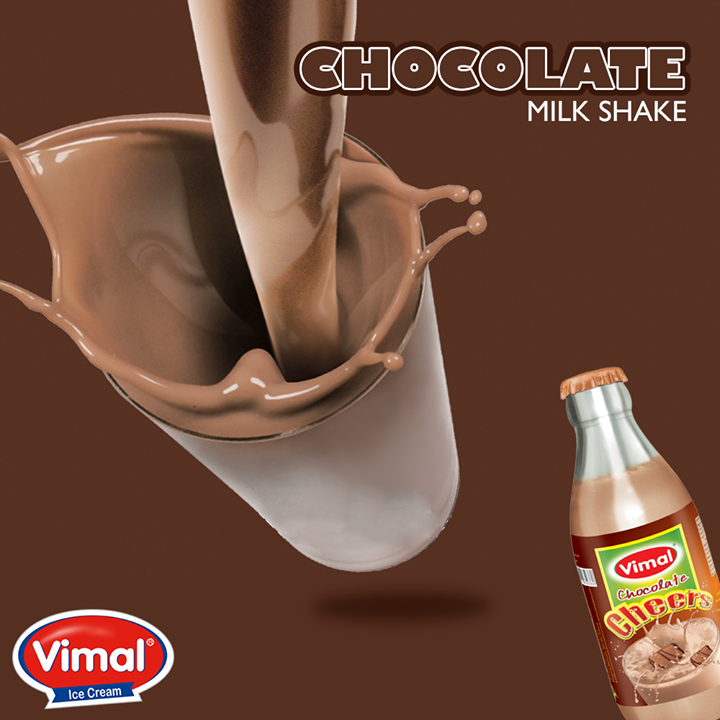 Curb your #chocolate cravings slurping in delicious #ChocolateMilkShake from #Vimal   #ChocolateLovers #VimalIcecream #Ahmedabad